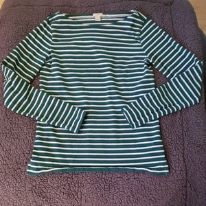 Green boat neck top
